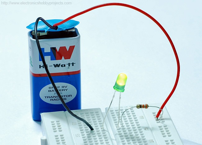 simplest-led-circuit-on-breadboard